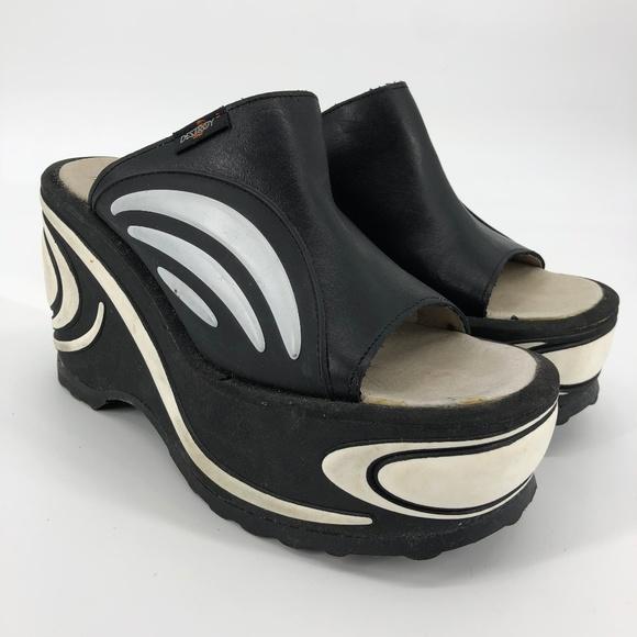Destroy 9s Chunky Platform Sandals